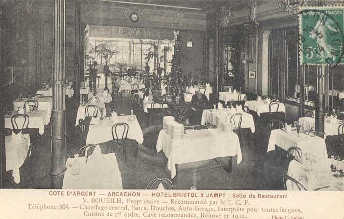 Salle à manger du Bristol Jampy