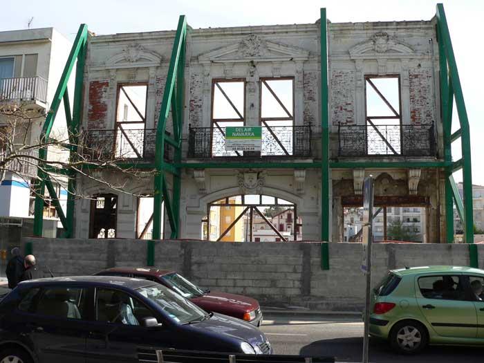 Façade 2006