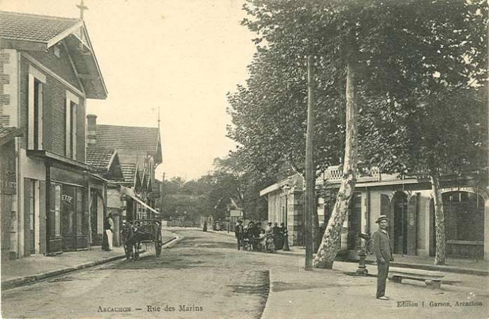 Rue des Marins